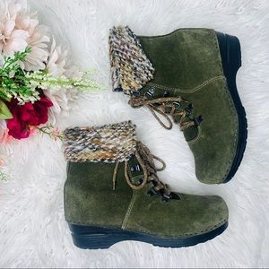DANSKO Lace Up Green Suede Ankle Boots Size 8